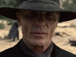 Ed Harris como O Homem de Preto